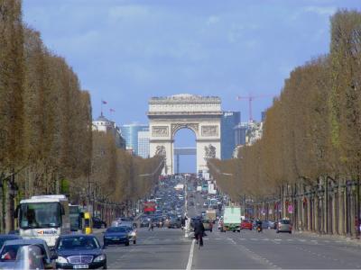 法国驾车人示威抗议活动将再次影响交通出行